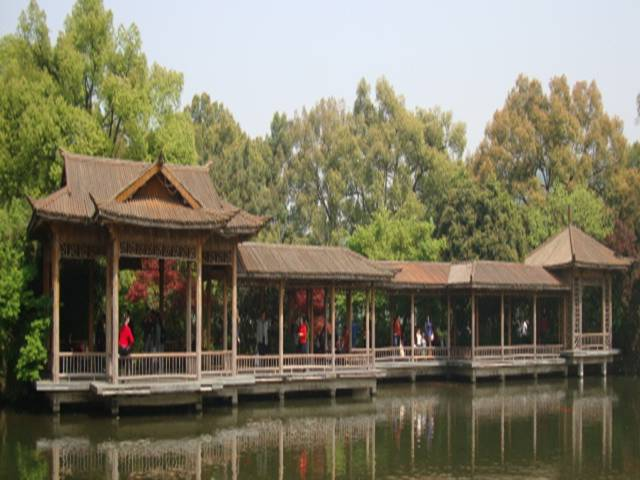 A covered walkway on the island in West Lake, Hangzhou, China
