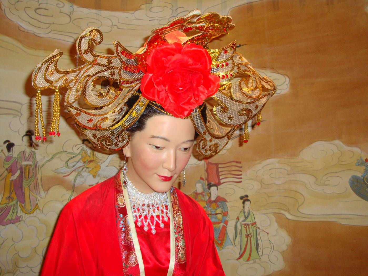 Picture:  A wax figure of a bride in the Tao Bo Yuan (Peach Museum), Yang Shan, Wuxi, China