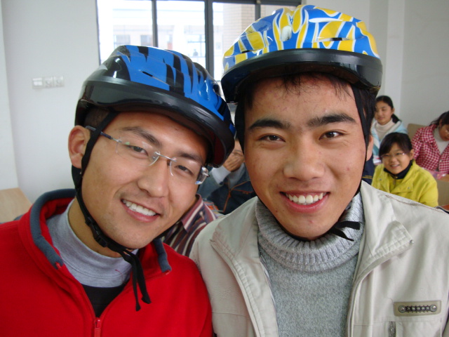 My heroes.  It takes nerve to start something new and these guys have plenty.  Two of the first 50 students to buy a bike helmet,  Jiangnan University,  Wuxi,  China