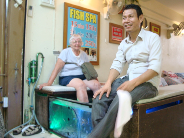 Picture: Pat gets her feet cleaned by cleaner fish.  Bangkok, Thailand